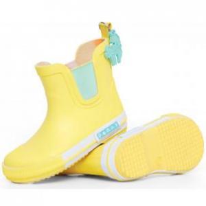 Penny Scallan – Gum Boots Park Life