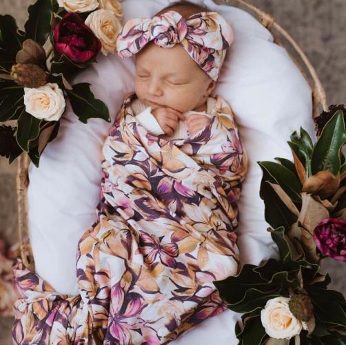 SNUGGLE HUNNY – Leilani   Baby Jersey Wrap & Topknot Set