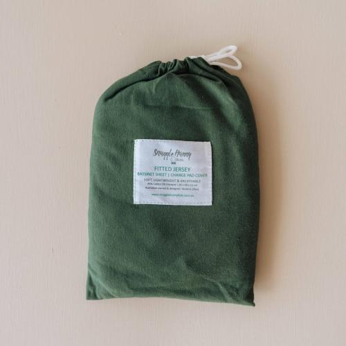 SNUGGLE HUNNY – Olive   Bassinet Sheet